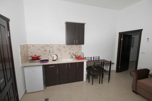 EK Luxury Apartments