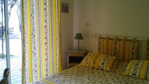 Hotel Pictures: , La Bégude-de-Mazenc