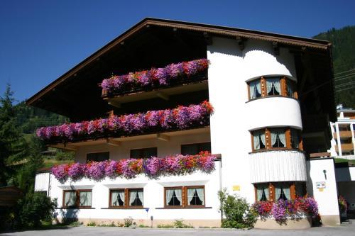 Fotografie hotelů: Hotel Garni Senn, Sankt Anton am Arlberg