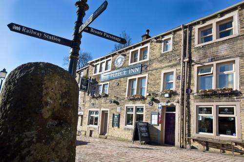 Hotel Pictures: The Fleece Inn, Haworth
