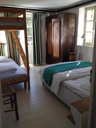 Hotel Pictures: , Thiers