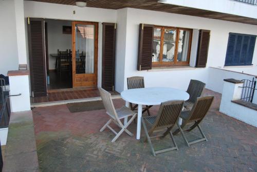 Hotel Pictures: Apartamentos Tamariu, Tamariu