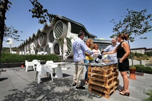 Hotel Pictures: Cava & Hotel Mastinell, Vilafranca del Penedès