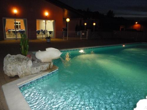 Hotel Pictures: , Pont-du-Casse