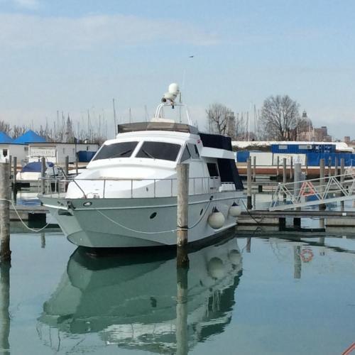 Boat Venice Hotel