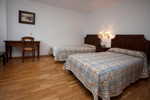Hotel Pictures: , Yecla