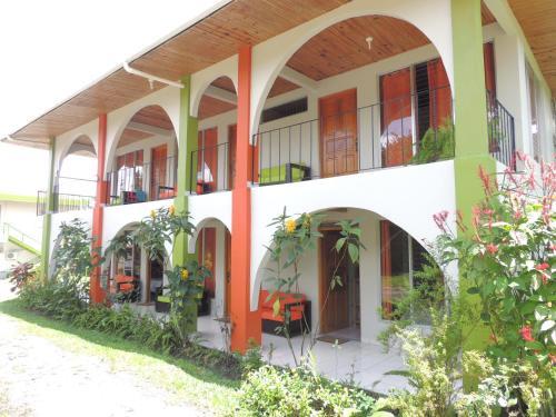 Hotel Pictures: Hotel Las Flores Fortuna, Fortuna