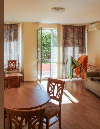 Photos de l'hôtel: Andrew Apartments Riviera Fort Beach, Ravda