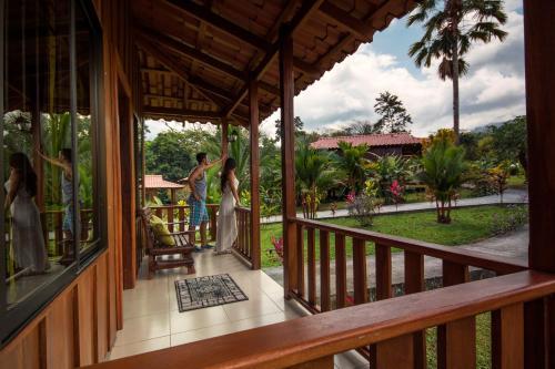 Hotel Pictures: Hotel Rancho Cerro Azul, Fortuna