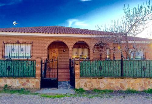 Hotel Pictures: Holiday Home Origuillo, Santa Olalla