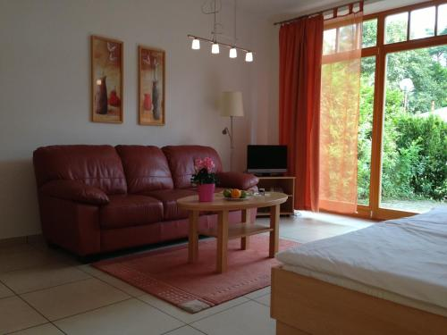 Hotel Pictures: Apartment Am Lübbesee, Templin