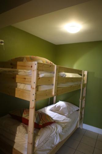 Hotellikuvia: Brasserie Grenier Apartment, Charleroi