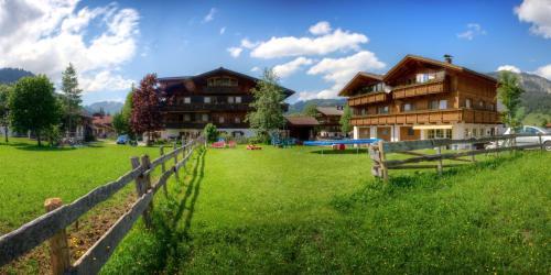 Fotos do Hotel: Ferienwohnungen Tannheim - Martina Fügenschuh, Tannheim