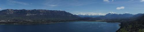 Hotel Pictures: Les Coteaux du lac, Le Bourget-du-Lac