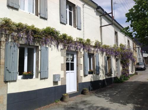 Hotel Pictures: , Guéméné-sur-Scorff