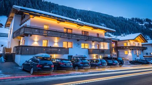 Фотографии отеля: Alpinhome, Тукс