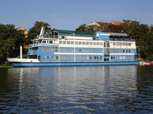 Prague River Hotel - Botel Vodník