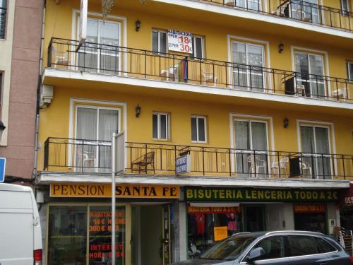 Hotel Pictures: Pension Santa Fe, Fuengirola