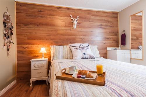 Hotel Pictures: Au Gite De La Chute, Baie-Sainte-Catherine