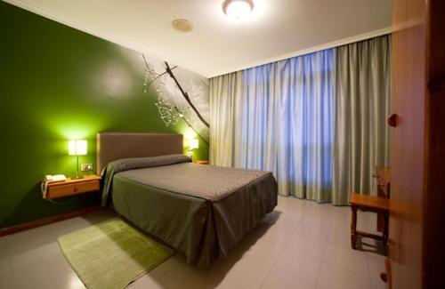 Hotel Pictures: , Villalba