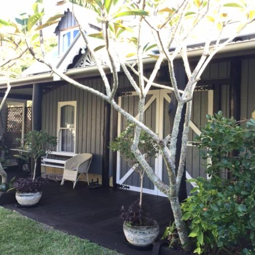 Hotel Pictures: A Bay Cottage, Byron Bay
