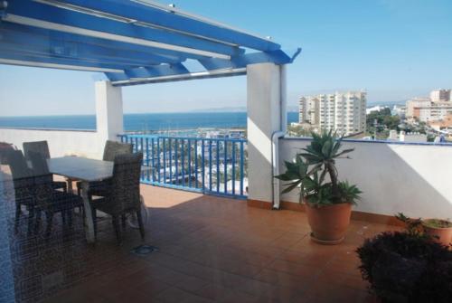Hotel Pictures: Estepona El Faro, Estepona