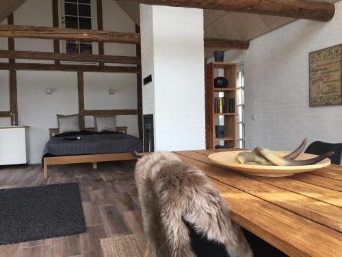 Hotel Pictures: Troldegaarden Guesthouse, Køge