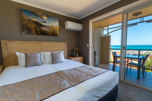 酒店图片: Beach Haven Executive Apartments, 科夫斯港