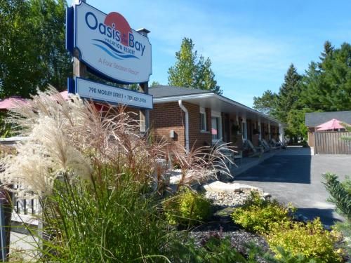 Hotel Pictures: Oasis by the Bay Vacation Resort, Wasaga Beach