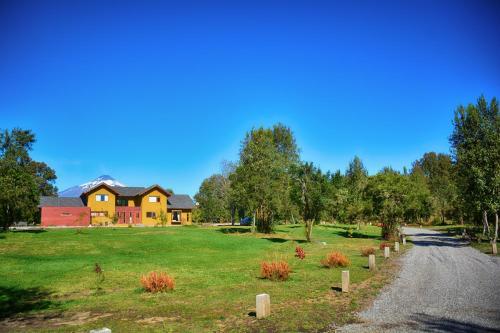 Hotel Pictures: Casa Molco Lodge Hotel Pucon, Molco