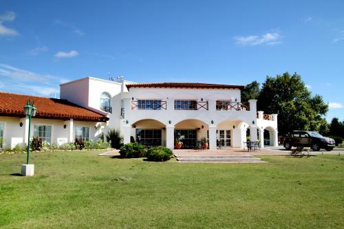 ホテル写真: La Campiña Club Hotel & Spa, Santa Rosa