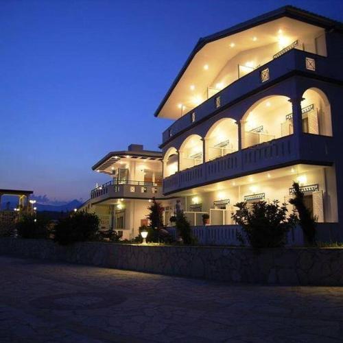Gogas Palace