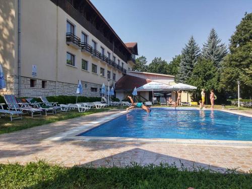 ホテル写真: Orbita Palace Hotel, プレベン