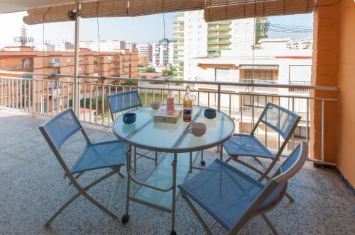 Hotel Pictures: Marabril, Puerto de Gandía