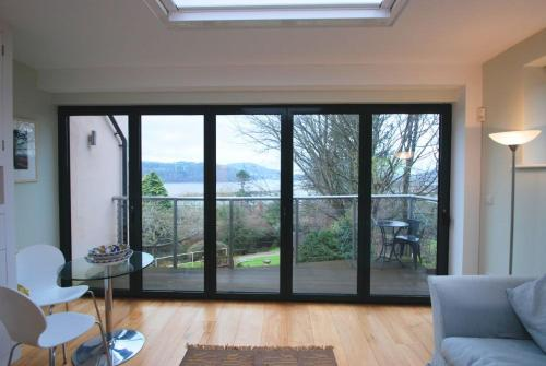 Hotel Pictures: The Treehouse, Conwy