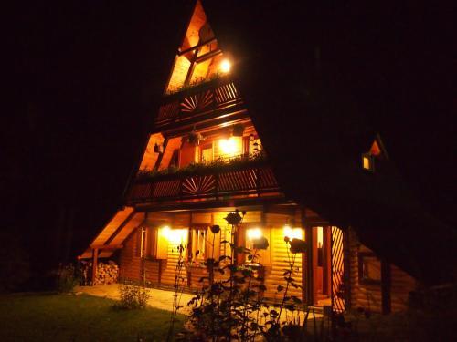 Zdjęcia hotelu: Holiday Home Tirol, Vlasic