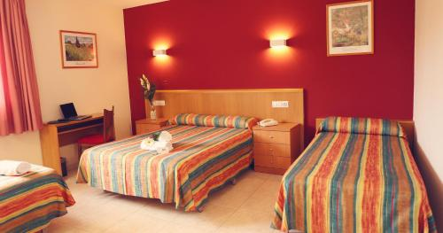 Hotel Pictures: , Figueres