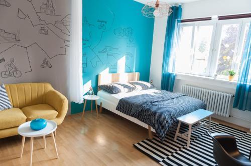 Apartment doln b brno book your hotel with viamichelin for Design apartment udolni brno