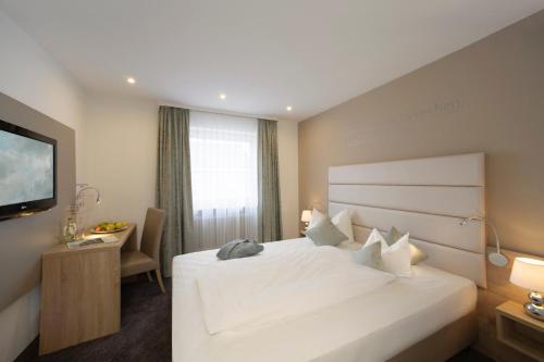 Hotel Pictures: Best Western Hotel Lamm, Singen