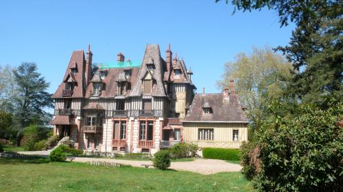 Hotel Pictures: , Yvoy-le-Marron