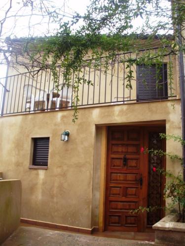 Apartamento Casa Nova (España Abiego) - Booking.com