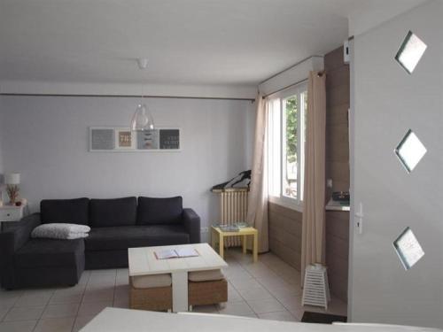 Hotel Pictures: Rental Villa Beau Jardin, La Rudelière