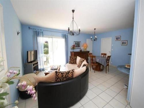 Hotel Pictures: Rental Villa Superbe Maison 700 Mètres De La Plage, Saint-Gilles-Croix-de-Vie
