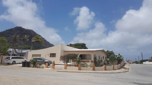 Photos de l'hôtel: Hooiberg House, Oranjestad