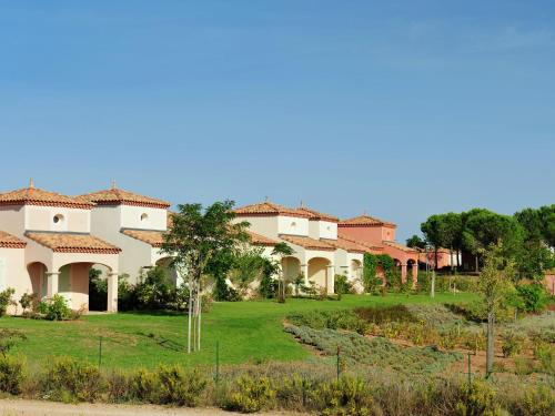 Hotel Pictures: Holiday home Port Minervois III, Homps