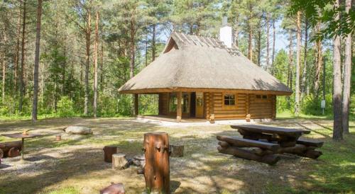 Hotel Pictures: Kadaka-Hansu Holiday House, Matsuküla