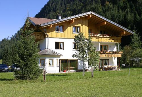 Hotelbilder: Hilbrand Appartements, Hirschegg