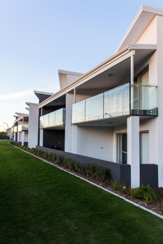 Hotellikuvia: Reflections By Rockingham Apartments, Rockingham