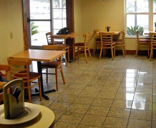 Ashburn Inn - Ashburn Review