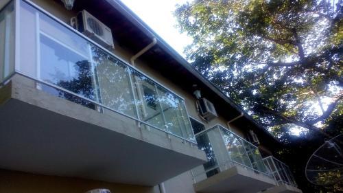 Hotel Pictures: Pousada Colibri, Trindade